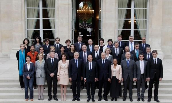 http://24heuresactu.com/wp-content/uploads/2012/05/gouvernement-ayrault-600x360.jpg