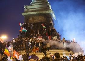 hollande_bastille_drapeaux-