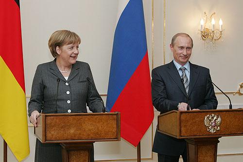 Vladimir_Putin_8_March_2008-3