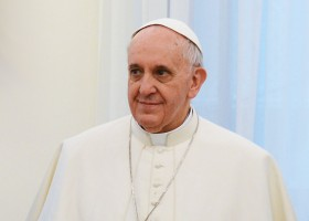 Pope_Francis_in_March_2013_b