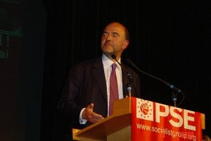 pierre_moscovici_Marie-Charline Pacqot besoindegauche