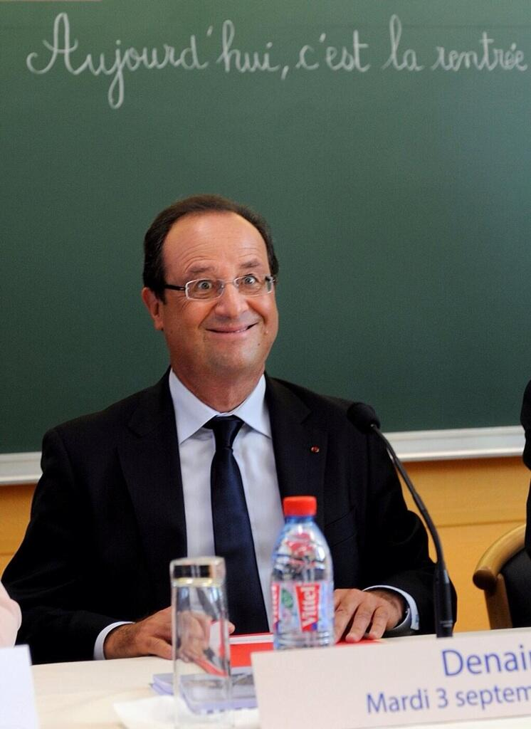 hollande_idiot_du_village