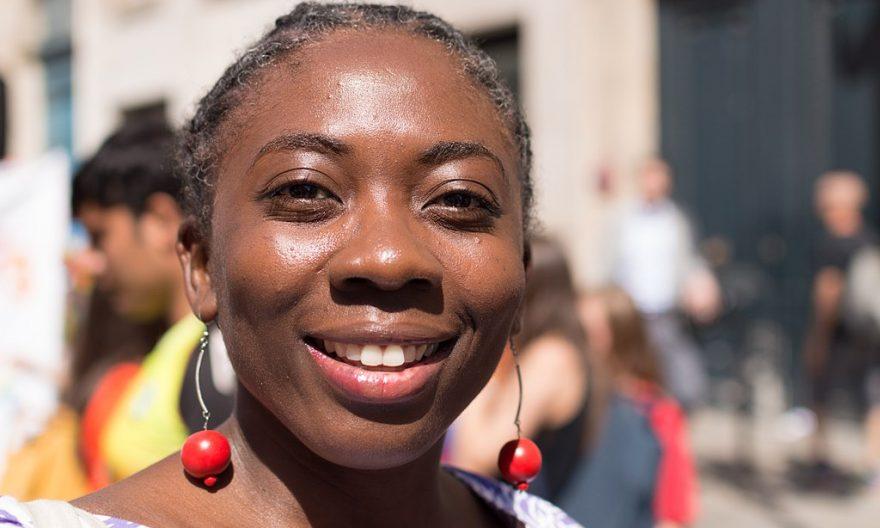 Danièle Obono, une députée sans le sou